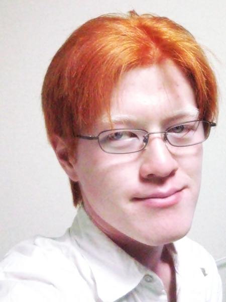 2008年に髪を染めてみた粕谷幸司